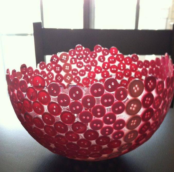 Tigela de botões e balão. Crie a sua!!  - Acesse: https://pitacoseachados.wordpress.com #pitacoseachados