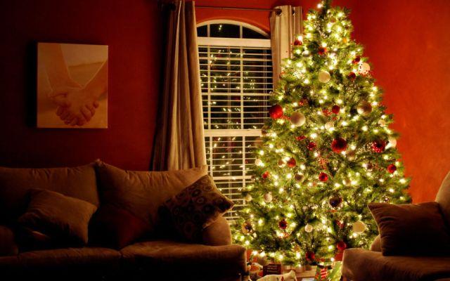 Como decorar uma Árvore de Natal4