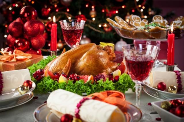 Christmas-dinner-1-950x633