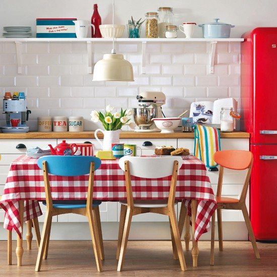 Red-and-White-Retro-Kitchen-Ideal-Home-Housetohome