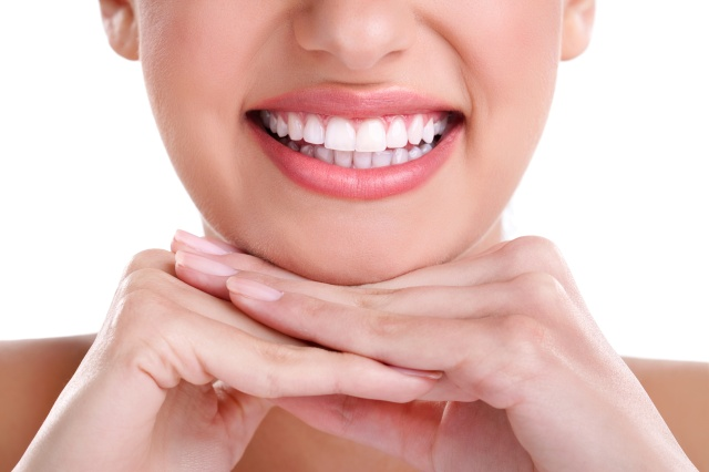 Como evitar o amarelamento dos dentes?