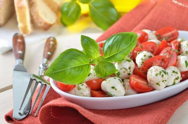 17receitas super simples eque cabem emuma única frase - salada de tomate