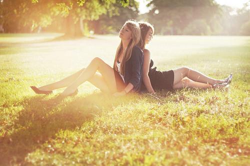 fashion-friends-friendship-girls-happy-Favim.com-115651