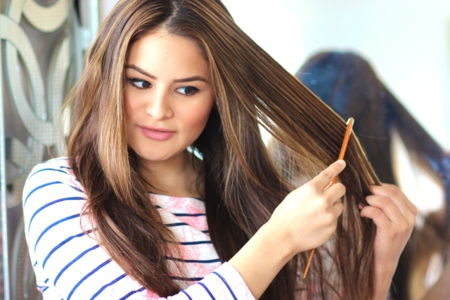comb-hair-sections-1024x682