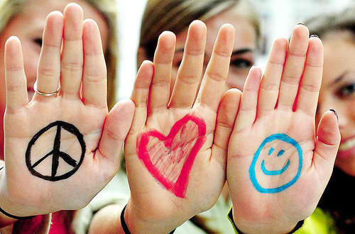 happiness-love-peace-typography-favim-com-135593_large