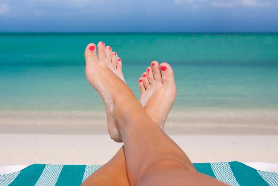 5 dicas para ter cuidado redobrado com as unhas no verão