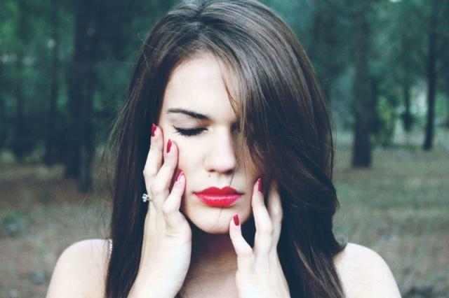Conheça os 6 sinais de que você é uma pessoa autodestrutiva - pitacos e achados