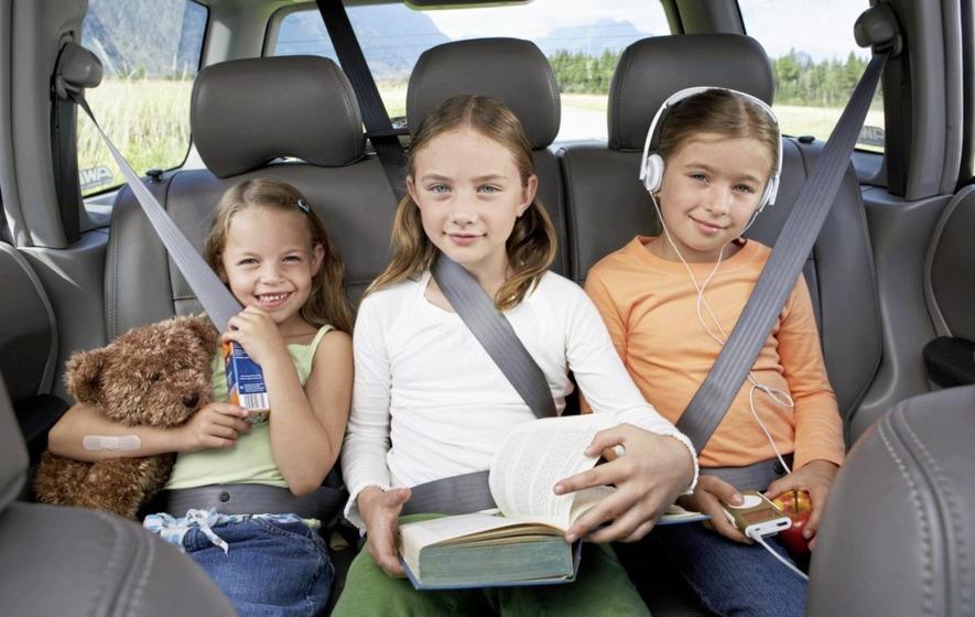 Viajando com os pequenos Dicas de como fazer viagens longas com crianças - Pitacos e Achados
