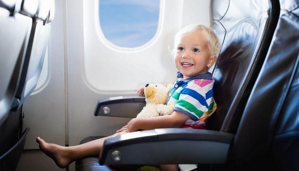 Viajando com os pequenos: Dicas de como fazer viagens longas com crianças -Pitacos e Achados