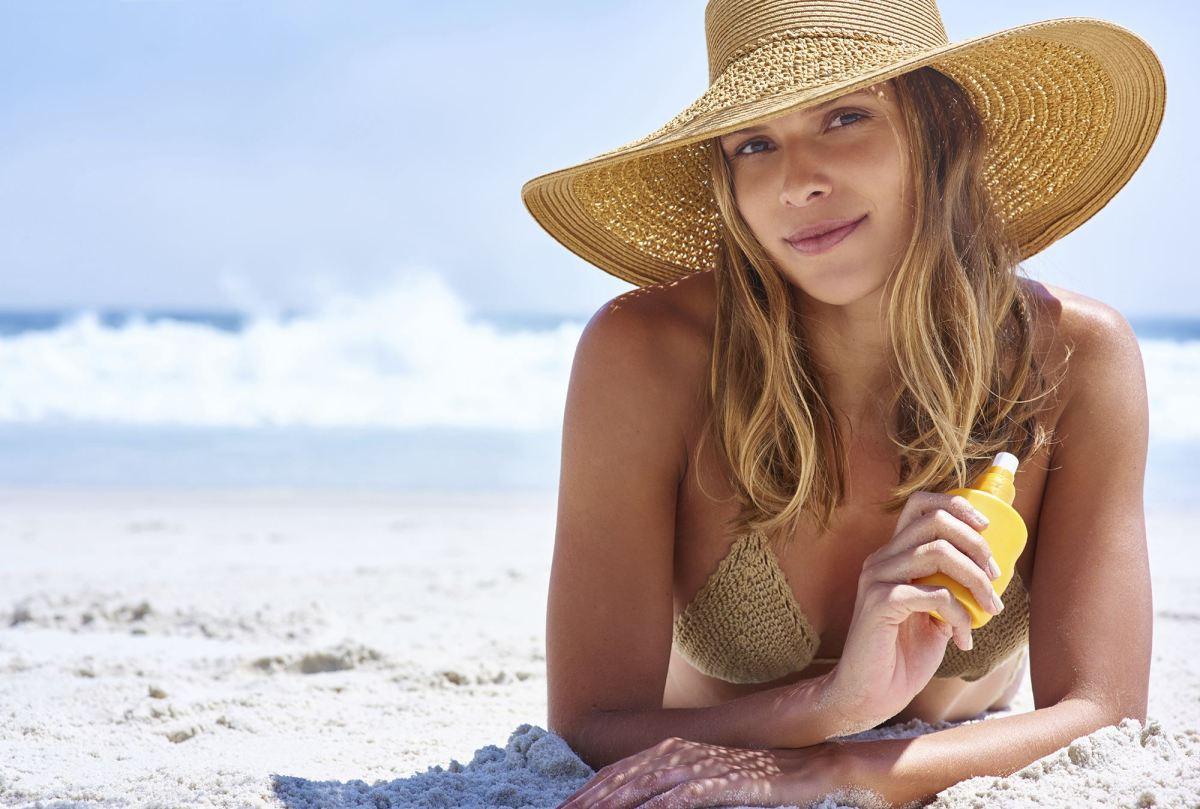 Confira os produtos de beleza que não podem faltar nesse verão