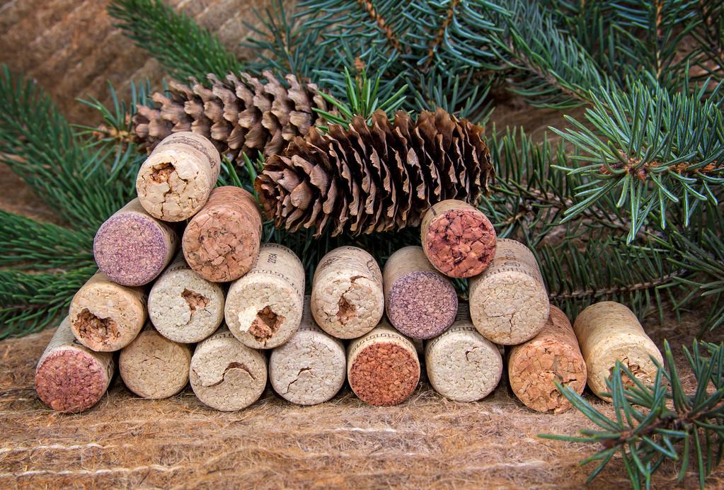 Dicas e vantagens para decorar a casa usando rolhas de vinho